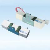 RX27-4/4V 功率型瓷壳绕线fun88官方网站